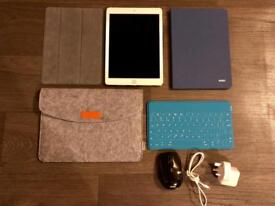 Apple iPad ROSE GOLD 32 GB WiFi + 3 Protective Covers, Keyboard & Mouse Excellent Condition
