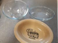 PYREX Classic oval roaster, Pyrex bowl and a vintage roaster