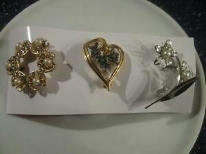 3 LOVELY OLD VINTAGE SILVER-TONE / GOLD-TONE BROOCHES ['60's]
