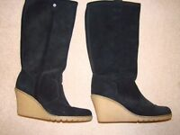 Woman's wedge leather boots size 8