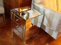 MIRRORED 3 DRAW CHEST TOP QUALITY COST £280 AS NEW CONDITION BUT SMALL MARK ON DRAW ONLY £45