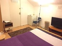 large double room to rent in great location all bills are included town center next to lidil .