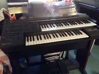 Yamaha el 7 Keyboards.