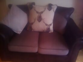 3+2seater suite in vgc only 1yr old selling due to size