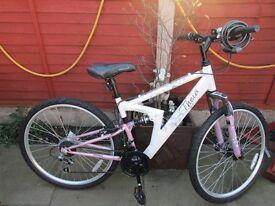 Ladies bicycle, as new