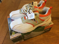 Golf Shoes Ladies size 7.5 Brand new boxed Bargain