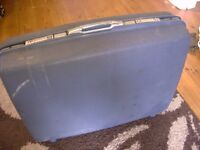 Samsonite Suitcase. Old. Saturn II. BH7 Collect. Travel, Shipping, Sending abroad, & storage etc...
