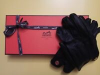 Authentic Hermès women black leather gloves (small size, used - great condition)
