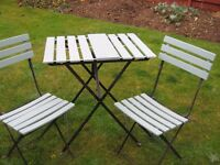 Small garden table and 2 chairs