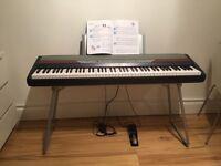 Korg SP 250 Digital Piano