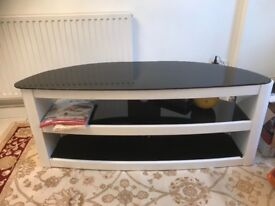 TV table for sale (£150) very good condition