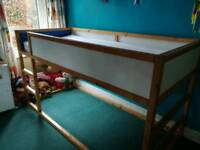 Childs high rise bed