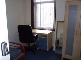 Room to let to a student in Earlsdon area of Coventry