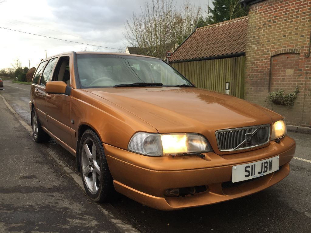 Cheap Cars With Good Gas Mileage >> 1998 Volvo V70R AWD estate gold very rare   in Norwich, Norfolk   Gumtree