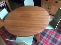 Chunky solid oak 1.2m round table (Laura Ashley)