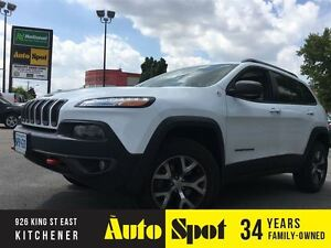 2015 Jeep Cherokee Trailhawk/L-0-0-K! AT THE PRICE/TOP OF THE LI