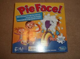 SELECTION OF CHILDREN'S GAMES, PUZZLES & GIRL'S BEDROOM ITEMS **STILL AVAILABLE**