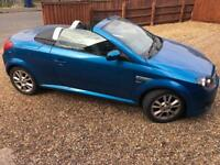 CONVERTIBLE 2005 TIGRA - 1 YEARS MOT - LOVELY DRIVE