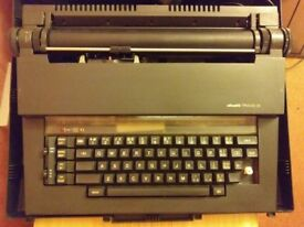 Olivetti Praxis 35 electric typewriter