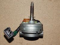 GENUINE 00-03 LEXUS LS430 STEERING POWER TILT ADJUSTER MOTOR 89231-50050