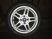 New continental tyre Ford Fiesta alloy wheel excellent condition 195/55R15