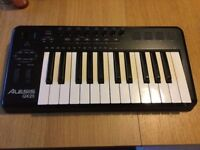 Alesis QX25 midi keyboard controller with aftertouch and 5 pin midi-out socket