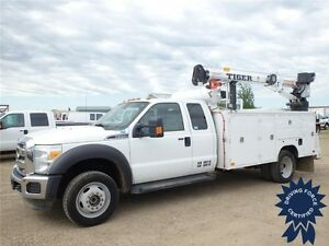 2014 Ford Super Duty F-550 DRW XLT SuperCab Service Body Truck