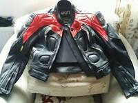 Akito bike leathers