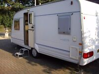 Caravan Bailey Ranger 520/4 with fixed bed Year 2000, motor mover and electric leveller