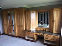 Wardrobe (built in)