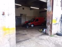 UNIT Suitable for motor trade & other commercial uses holds 6 cars with yard area gated site