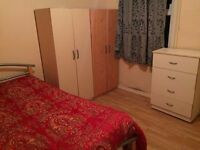 ** CHEAP DOUBLE ROOM AVAILABLE NOW** £130 single use £155 double use all bills included