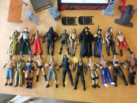 WWE figures and accessories set