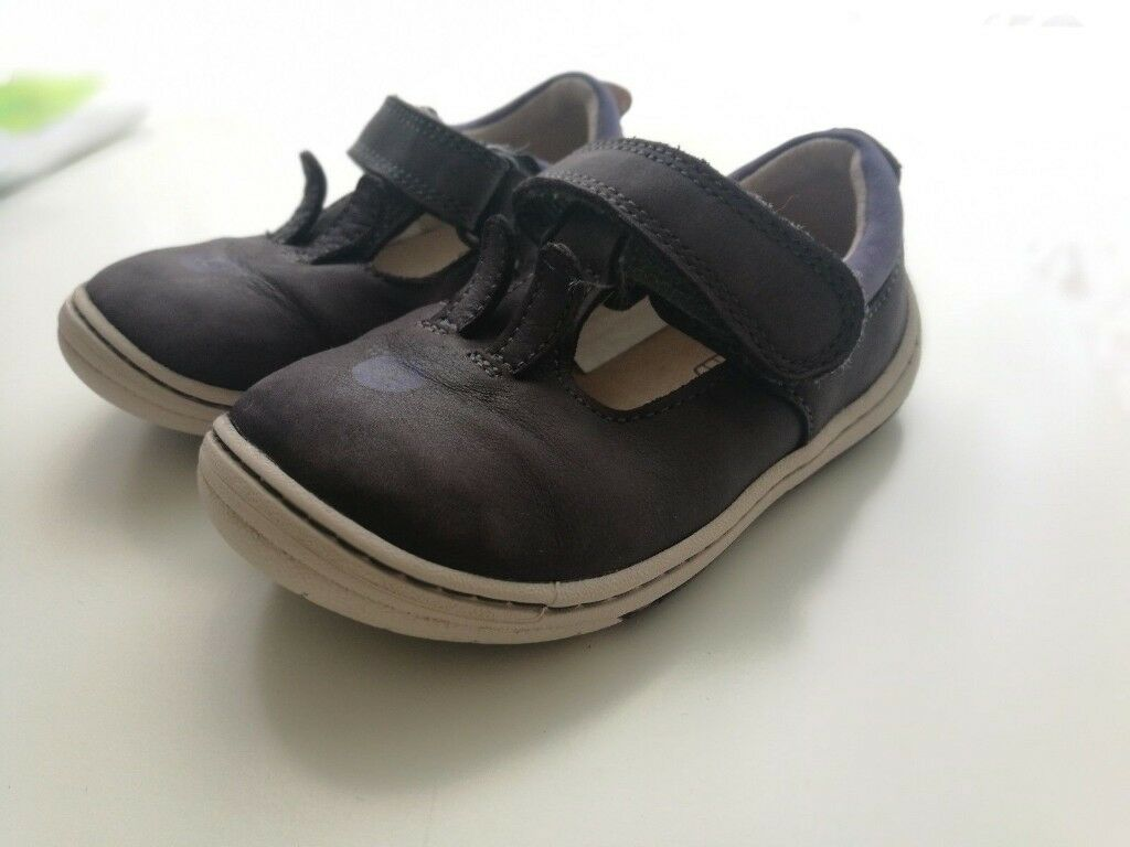 e10e88888d863 Baby Girls Clarks Leather Bunny shoes size 5.5 G   in Solihull, West ...