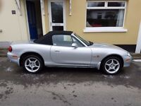 2005 MAZDA MX5 ICON 1.8 with matching hard top! In very nice condition