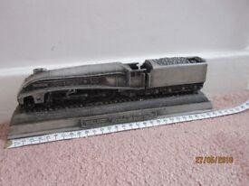 "Vintage Mallard model train Pacific steam locomotive approx 30cm 12"" inches"
