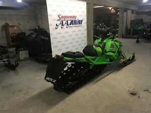 2017 arctic cat M8 M8000 Mountain Cat 3.0 Saguenay Saguenay-Lac-Saint-Jean image 3