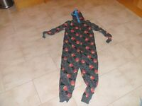 'Angry Birds' Onesie 11 - 12 years old