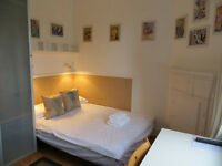 Hammersmith – Elegant, Bright, Second Floor Studio *