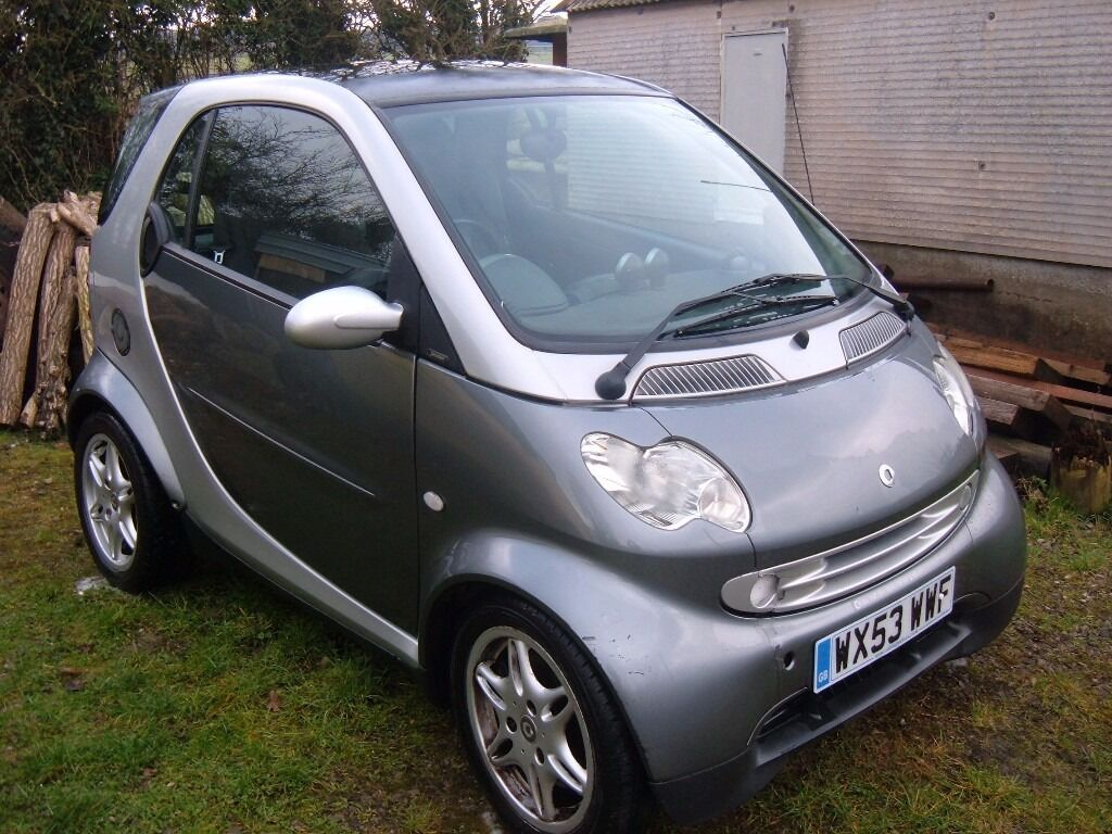 Smart Car With Engine Problems