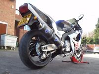 YAMAHA YZF1000R THUNDERACE VALENTINO ROSSI FIAT REPLICA LOW MILEAGE DELIVERY AVAILABLE