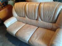 3 seater leather sofa inc 2 armchairs