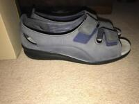 Hotter Ladies Grey Leather Sandal UK 6/39