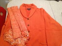 Woman's Clothing Size 1X  NEW Orange Sweater and Shawl .Mint.