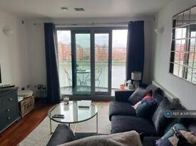 1 bedroom flat in Bridges Court Road, London, SW11 (1 bed) (#1067248)