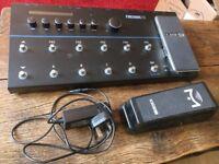 Line 6 Firehawk FX guitar effects unit + mission pedal