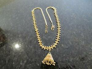 22k yellow gold ladies necklace  16.4 grams