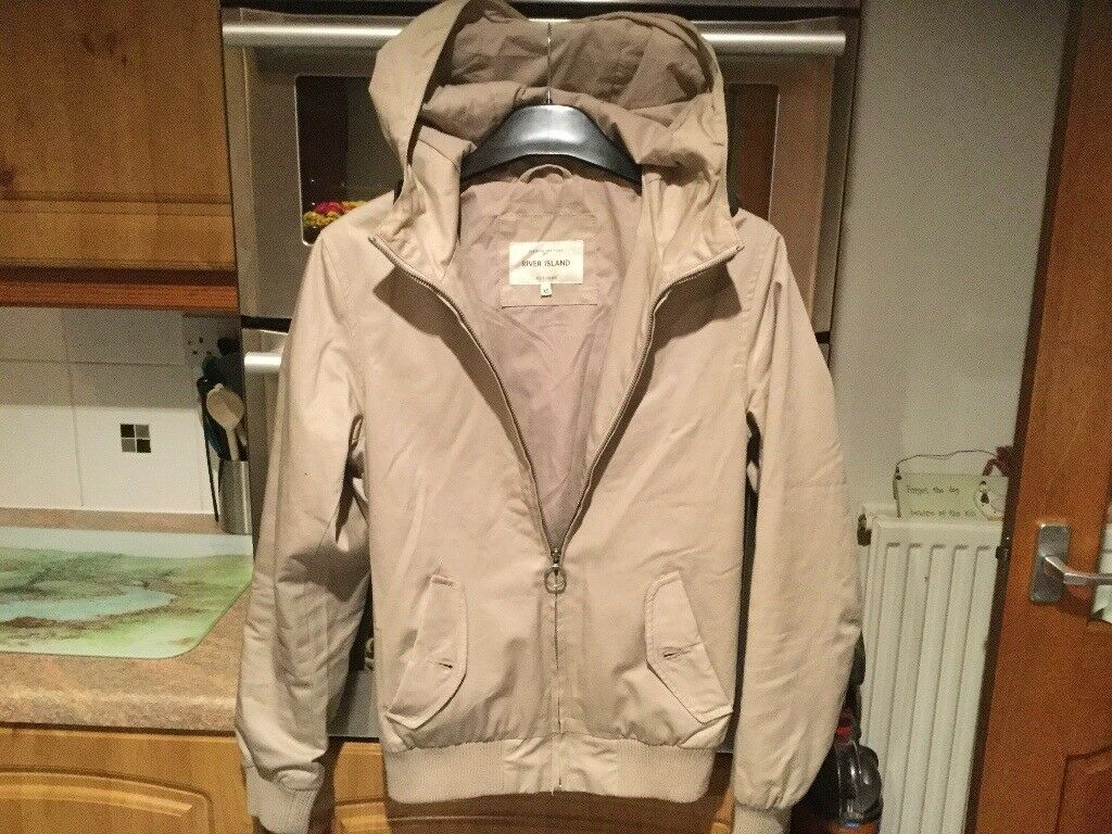 RIVER ISLAND men's beige coat with hood size XS, 18.5inches pit - pit. IMMACULATE.