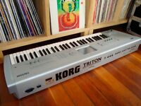 KORG TRITON CLASSIC SYNTH & SAMPLER