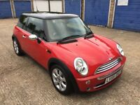 MINI COOPER 1.6 / 34k MILEAGE / FULL SERVICE HISTORY/ NEXT YEAR MOT / 2006 RED CHILI PACK / BARGAIN